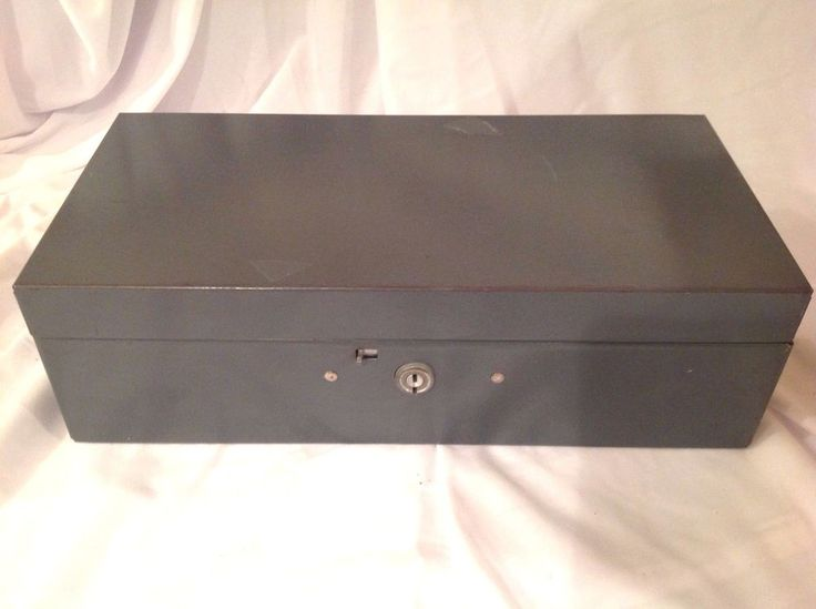 VINTAGE GRAY METAL CASH SAFE DOCUMENT STORAGE LOCK STRONG BOX #Unknown