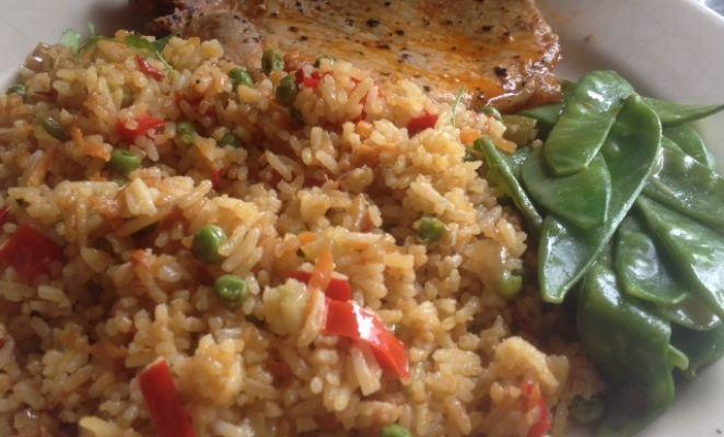 Heerlijke gebakken rijst. Zo'n lekkere vervanging voor aardappels.