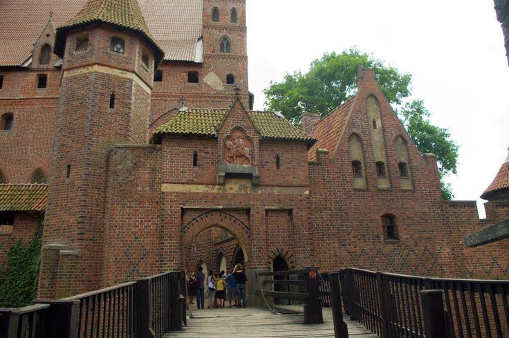 Fotos de: Polonia - Malbork - Castillo - Vista del Interior