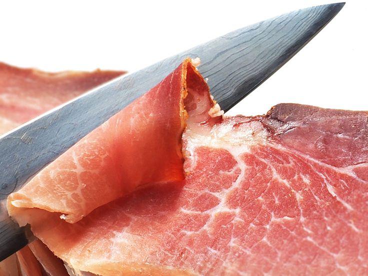 Ile kalorii ma plasterek szynki - http://www.dietatop.pl/kalorii-plasterek-szynki/