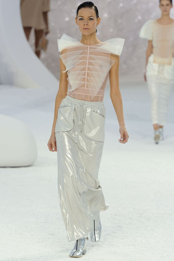 Chanel - Spring 2012 Ready-to-Wear - Look 69 of 85