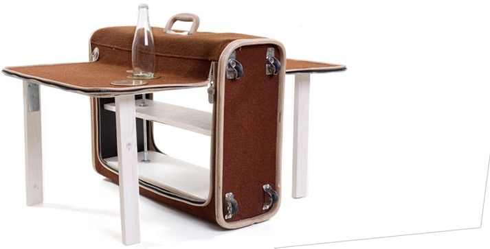 55 best images about 9 suitcases trunks baskets reuse for Table camping valise