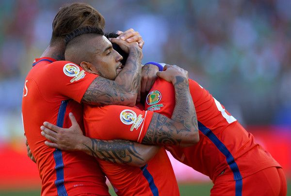Vargas, Vidal, Puch.  Chile NT.  Copa America.