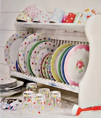 Food would taste even better on these sweet dishes!: Layered Cakes, Cath Kidston Decor, Polka Dots, Dishes Dry Racks, Dishes Display, Plates Racks, Plates Storage, Plates Display, Dishes Racks