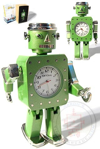 Oilpan Green Christmas Robot Clock : TokiBot by Tokyobay : Atomic Robot