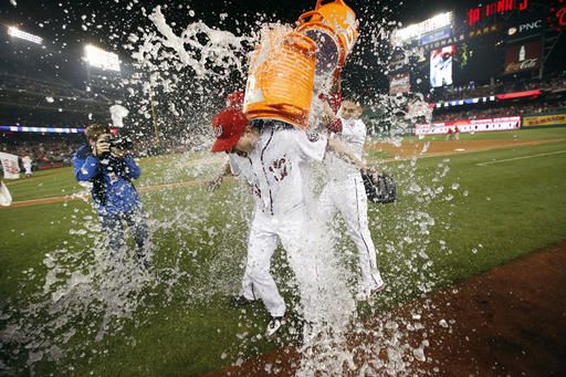 Scherzer has 20 Ks, ties MLB record as Nats top Tigers 3-2