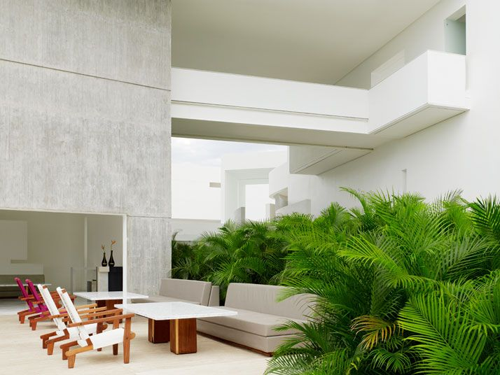 The Encanto Hotel in Acapulco, Mexico   http://www.yatzer.com/encanto-hotel-acapulco-guerrero-mexico