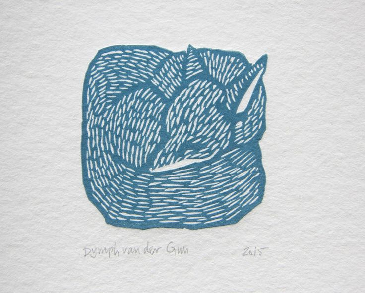 Slapende vos, kleine linosnede, rood of blauw door DymphArt op Etsy https://www.etsy.com/nl/listing/246665037/slapende-vos-kleine-linosnede-rood-of