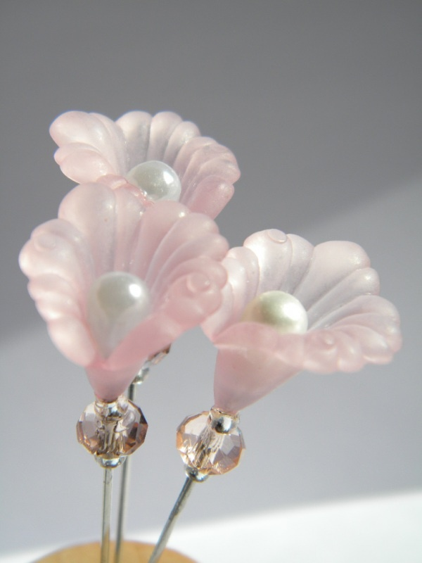 .gorgeous pin embellishments
