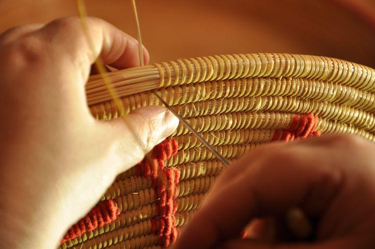 Fase della creazione del cestino di Sinnai (CA) SARDEGNA