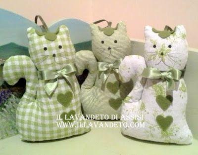 gattini alla lavanda, gatti lavanda verdi,  bomboniere per nascita, bomboniere per Battesimo, bomboniere per Comunione, Assisi