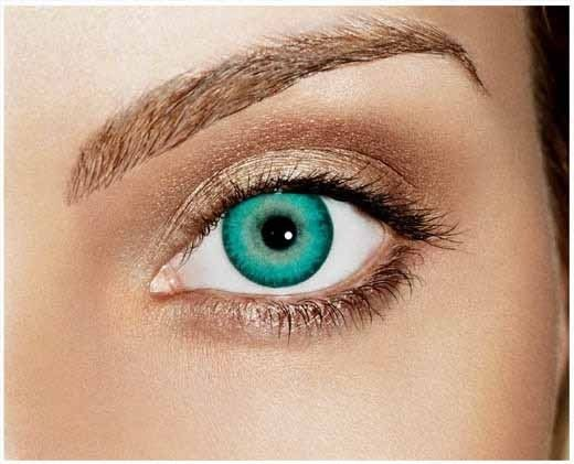 Freshlook Dimensions enhancing color contact lenses in Caribbean Aqua...they are beautiful in green eyes with blonde highlighted hair!!! And with this choice of eye shadow color!!!!