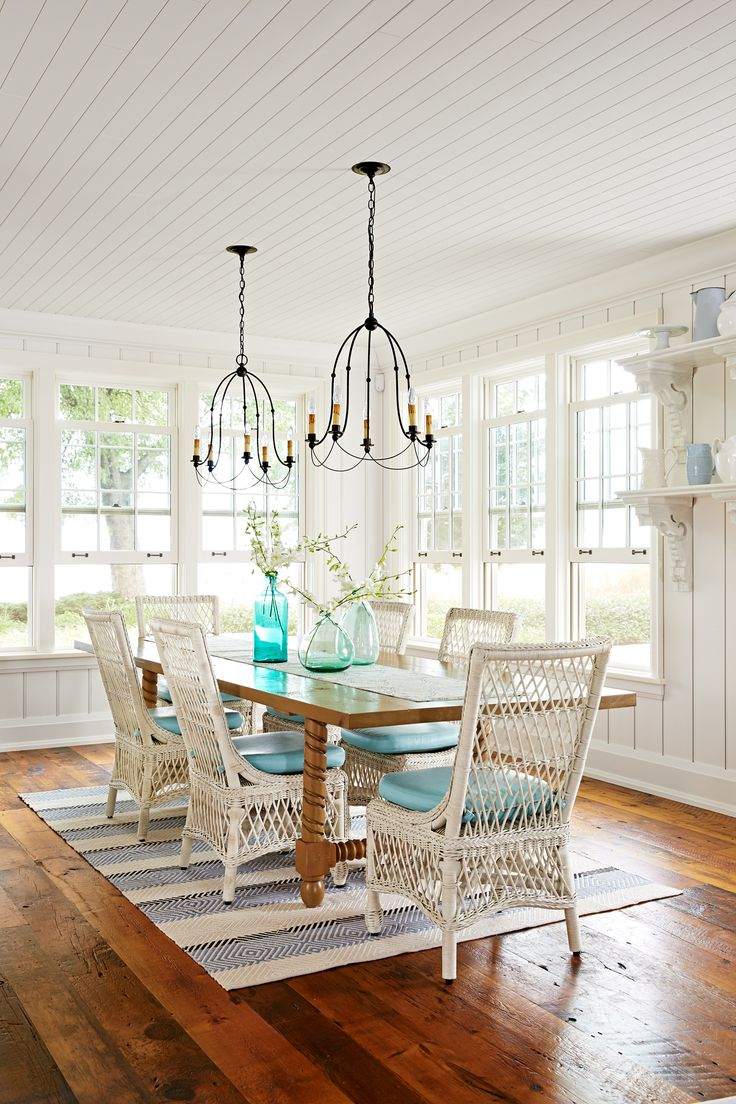 To recreate the feel of a seasoned waterfront cottage, they reached out to Sarah Richardson Design, a firm known for its collected-over-the-years look.