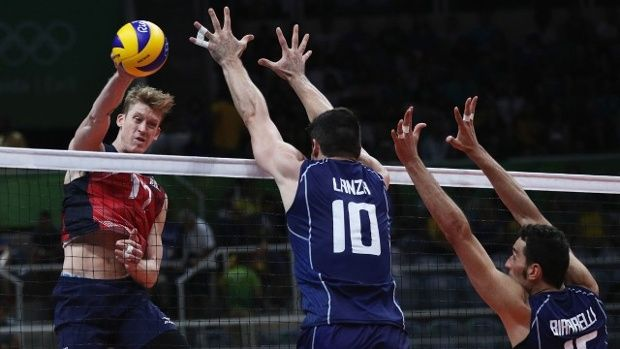 Maxwell Holt, USA-Italy men's volleyball semis