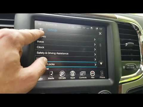 Uconnect 8 4 Inch Touchscreen Tour Youtube Chrysler Dodge Jeep