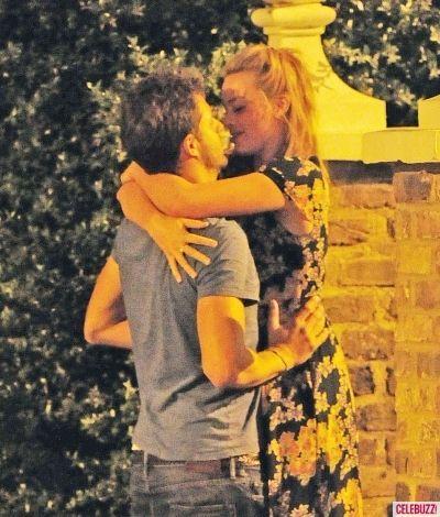Margot Robbie Shared Passionate Kiss with New Boyfriend Tom Ackerley