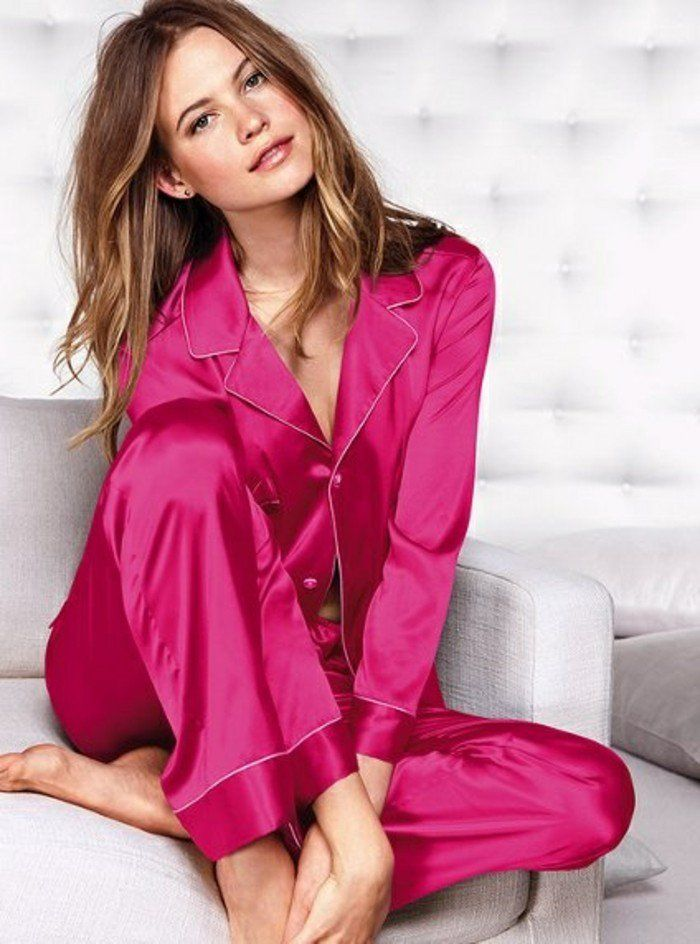 17 meilleures id es propos de pyjama satin femme sur pinterest pyjama satin kimono lingerie. Black Bedroom Furniture Sets. Home Design Ideas