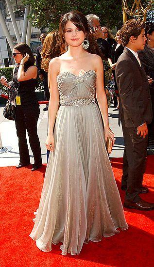 Selena Gomez in Marchesa at Primetime Creatie Arts Emmy Awards ('09)