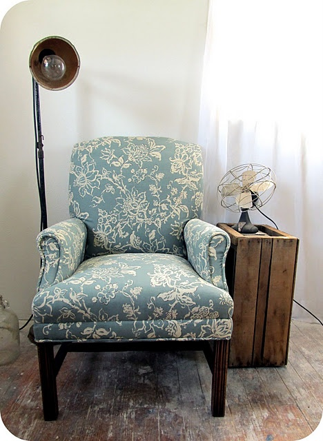 cute chair  steps to reupholster a chair and photos to explain the steps to do it yourself