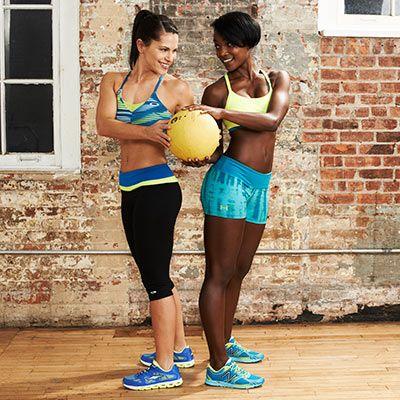 ¡Hacer ejercicio es más divertido entre dos! http://siempremujer.com/foto-galeria/rutina-de-ejercicios-para-2-segunda-parte/63361/