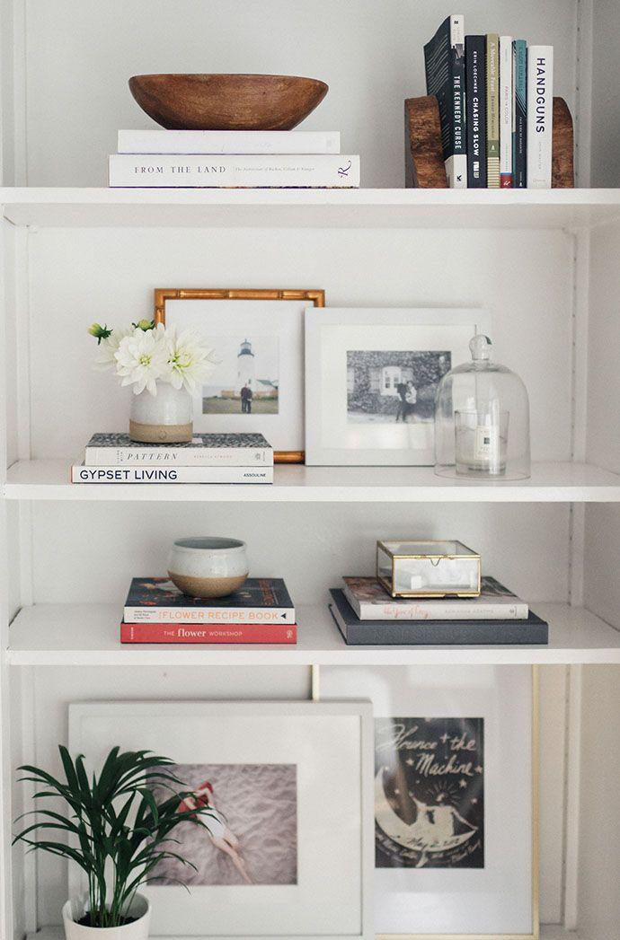 Step inside a dreamy 1940s sausalito california home - Bookshelf ideas for bedroom ...