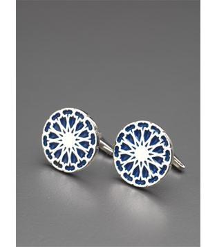 Mavi Mineli Selçuk Kol Düğmesi  925 ayar gümüş olan selçuk kol düğmeleri mavi soğuk mineli çalışılmıştır.  http://www.hirefstore.com/gumus-Mavi-Mineli-Selcuk-Kol-Dugmesi.html