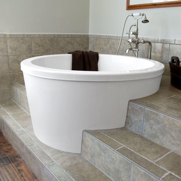 Best 25 soaking tubs ideas on pinterest japanese bath for Big and tall walk in tubs