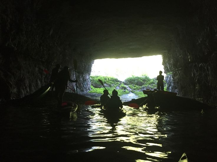 Underground kayaking at Thrillsville in Red River Gorge, KY
