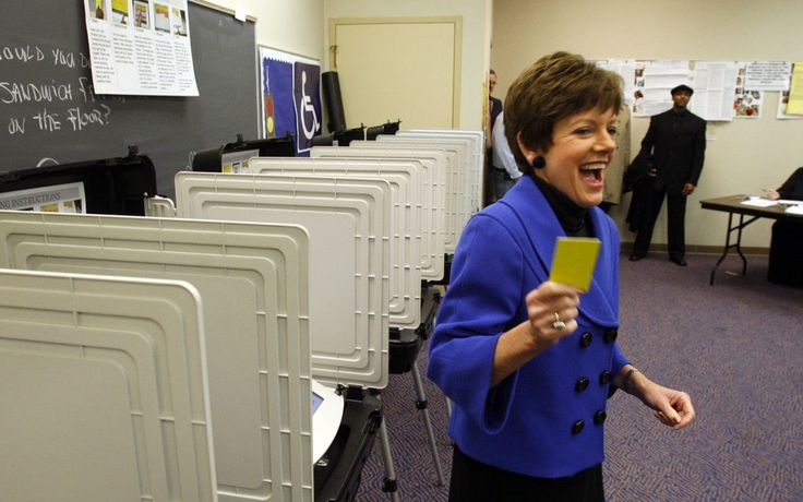 The Atlanta Journal-Constitution released a recording of Republican mayoral candidate and Atlanta councilwoman Mary Norwood speaking with the Buckhead Young Republicans group. In the recording councilwomanNorwood accuses Atlanta's sitting mayor Kasim...