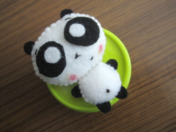 a black and white fellow looking at you with those two big mellow eyes :): Crafts Ideas, Parties Ideas, Mellow Eye