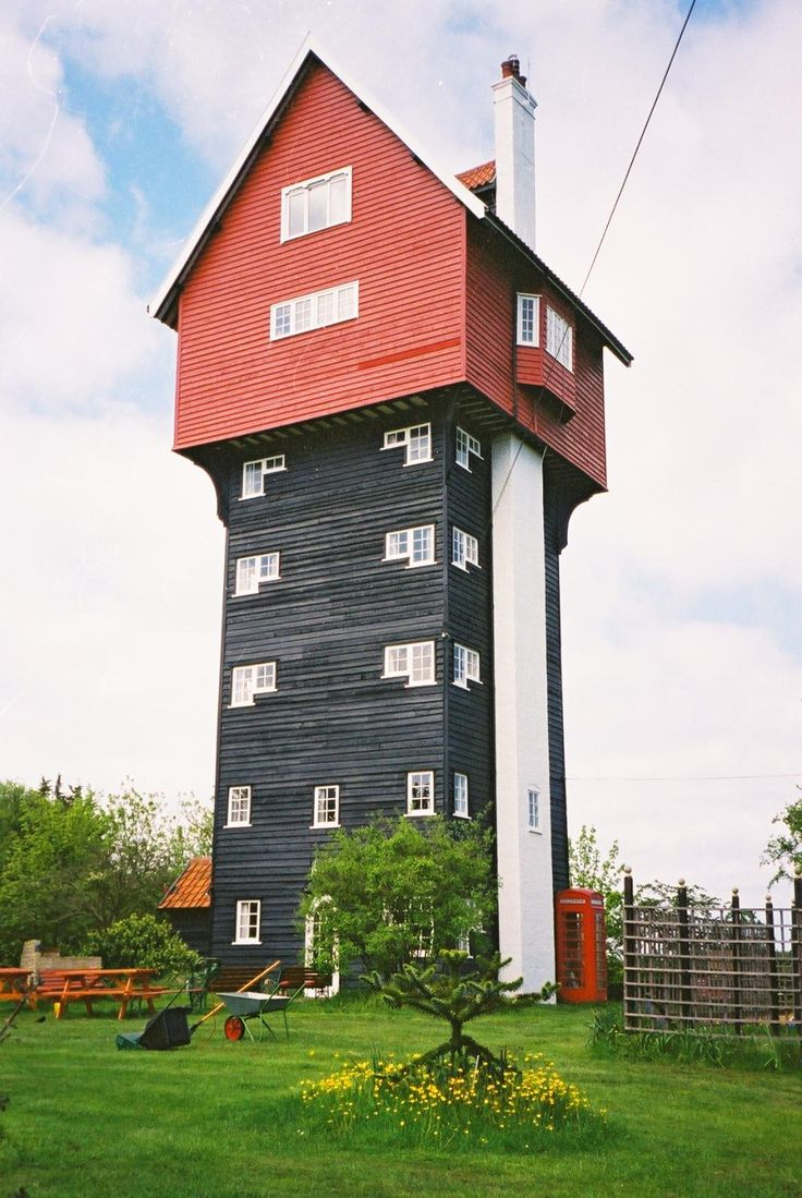 ''The House in the Clouds'' in Thorpeness, Suffolk is an unusual house converted from a water tower in 1923.