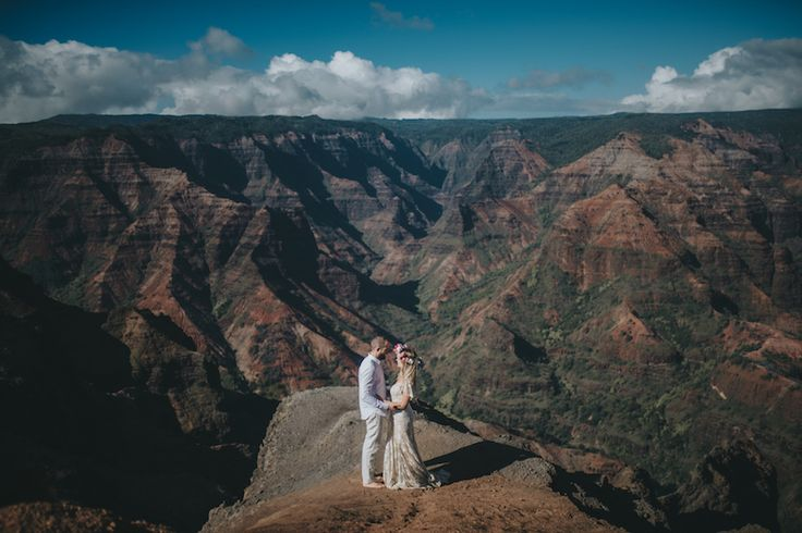 Leila in the Elea gown at her stunning wedding in Hawaii <3 The beautiful Tessa in the Hunter Gown XXX #ruedeseine #ruedeseinebride #boho #bohemian #bohobride #nomadiclove #eleagown XX