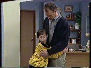Lucy Robinson, Jim Robinson  in Neighbours Episode 0362