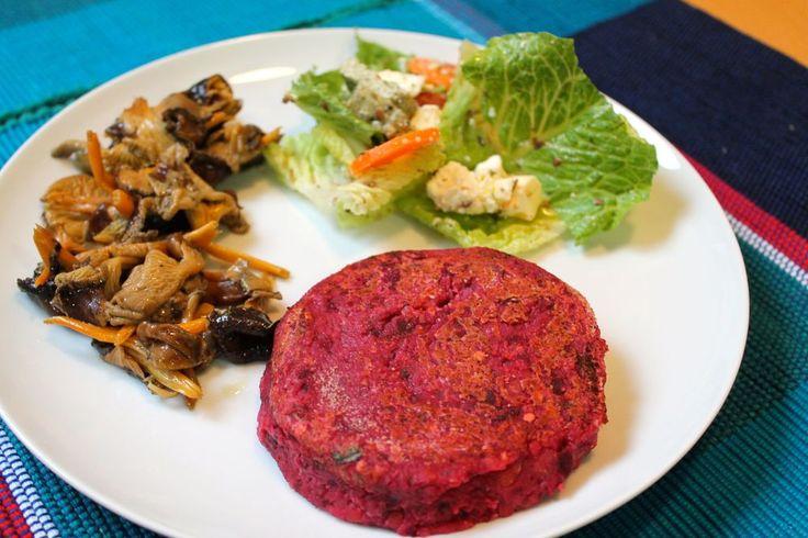 Resultado final de la hamburguesa de remolacha y lentejas rojas