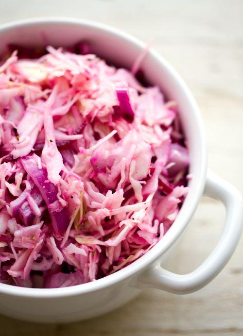 Pink Cole SlawFollow for recipesGet your FoodFfs stuff here  Mein Blog: Alles rund um Genuss & Geschmack  Kochen Backen Braten Vorspeisen Mains & Desserts!