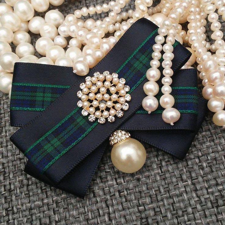 Classy girls wear pearls!