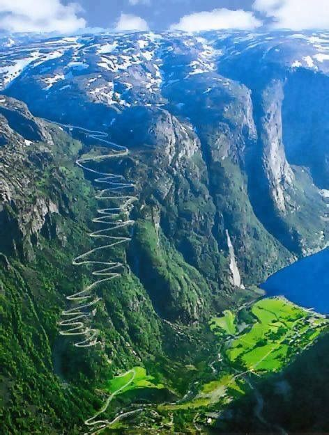 The winding road along the Atlantic Ocean in Norway.