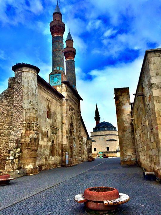 Sivas Tarihi Kent Meydanı