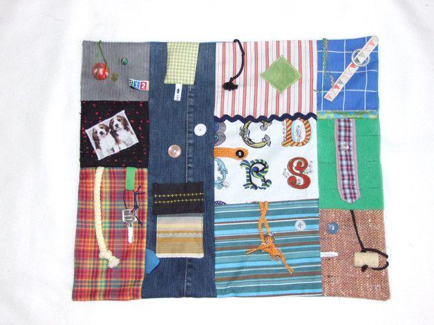Quilts & Patchwork - Nesteldecke-Fummeldecke-Motorikdecke-Demenz - ein Designerstück von der-Lottaladen bei DaWanda