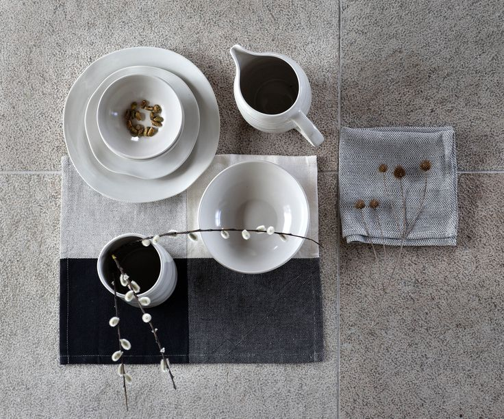 EFTERTANKE handcrafted ceramic plates, bowls, vases and jugs and handwoven napkins