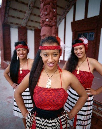 Maori Girls Dressed in Traditional Maori Costume, Rotorua, North Island, New Zealand