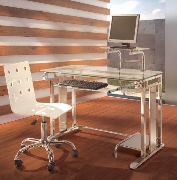 A muchas personas les atrae tener su escritorio orientado hacía una ventana; sin embargo no a todos les favorece al momento de trabajar