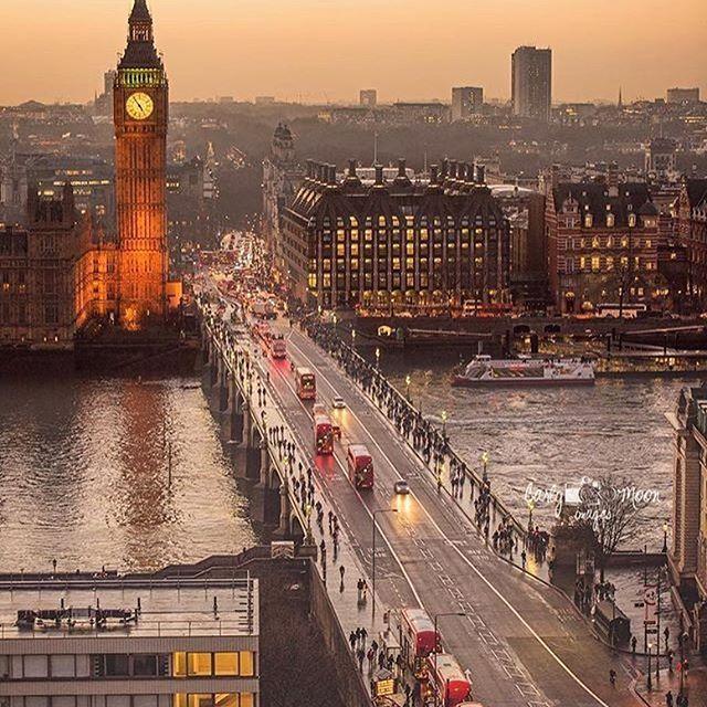 London, United Kingdom ~ Photograph By @carlymoonimages #natgeograpic