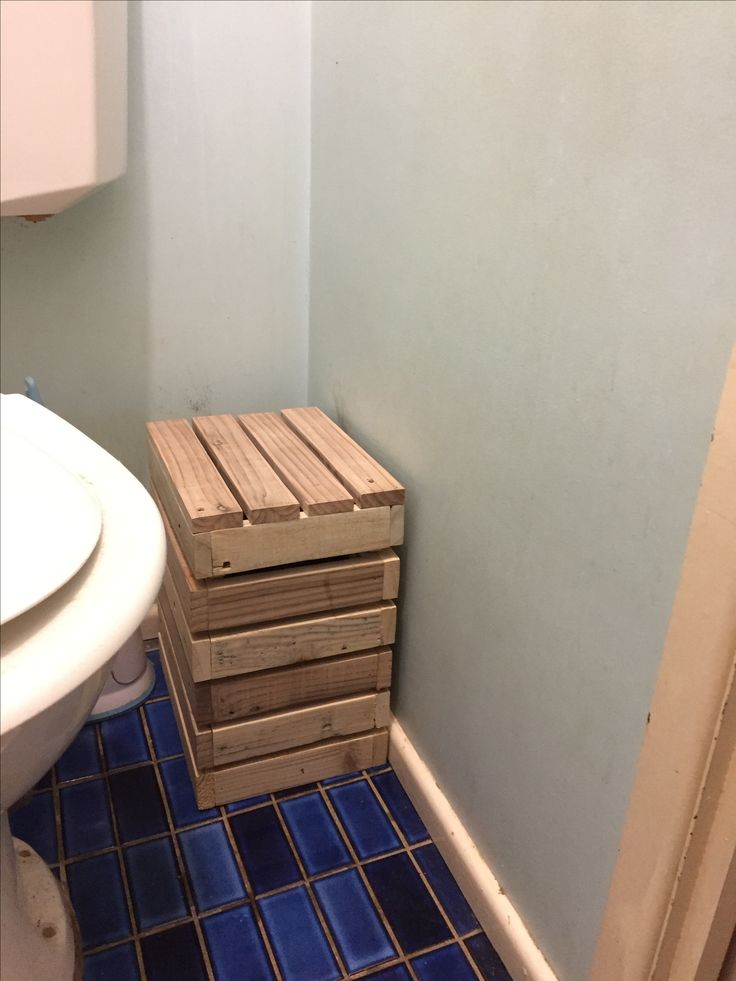 Recycled pallets.. it's my hidden bin.. made up a box and lid..