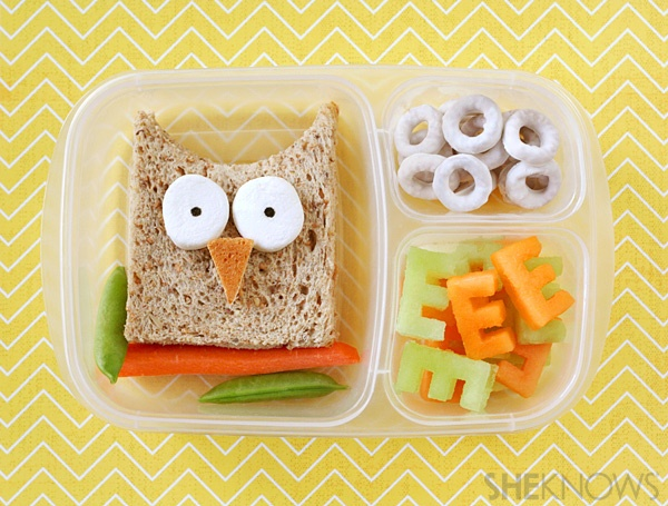 Owl lunch with easy tutorial by Lisa Storms: Owl Bento, Bento Boxes, School Lunch, Lunch Ideas, Lunches, Food, Kid