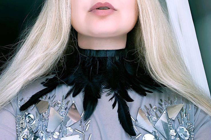Готический чокер из перьев бархотка бохо шик бохемиан ожерелье бурлеск burning man костюм одежда наряд фестиваль