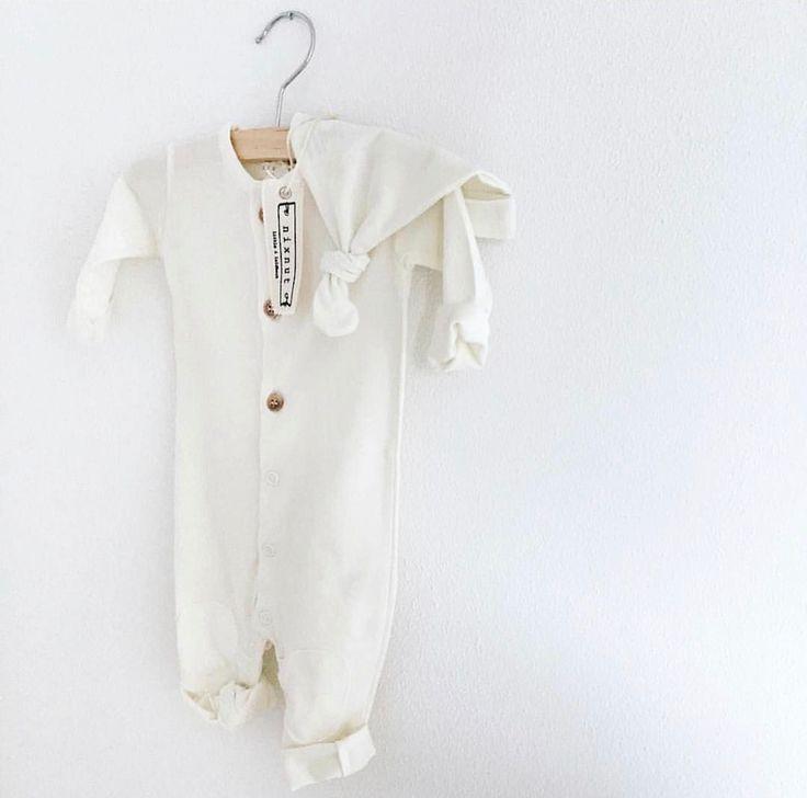 Butt Onesie - Off White | Nixnut Baby & Kids label