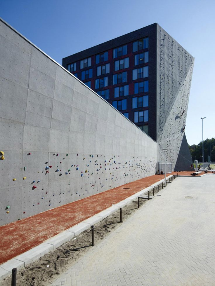high rise with climbing wall