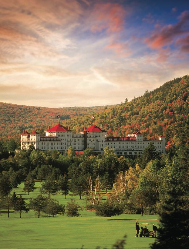 This hotel in New Hampshire's White Mountains has views of Mount Washington—the highest peak in the Northeast—in all its blazing fall glory.
