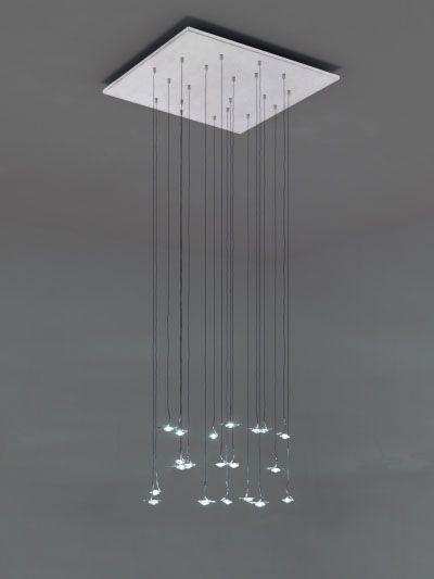 Jackie O, puedes adquirla en http://www.epluslamp.com/tienda/es/catellani-y-smith/13780-jackie-o-6x1w-lampara-colgante-led.html